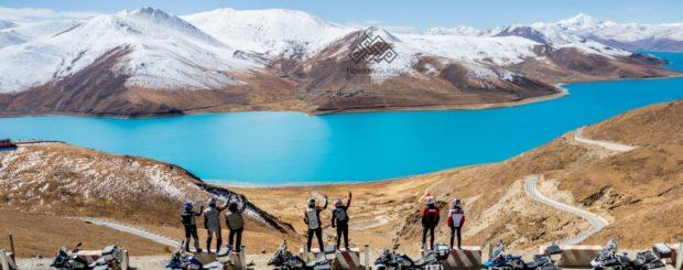 Tibetan Guide Everest BWM Motorrad Motorbike Tour Tibet Moto